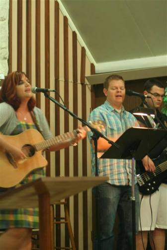 worshipteam2